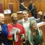 A dél-afrikai legfelső bíróság legalizálta a kannabisz használatát