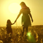 """Kannabisz és anyaság: """"Orvosi kannabisz nélkül nem tudnék jó anya lenni"""""""
